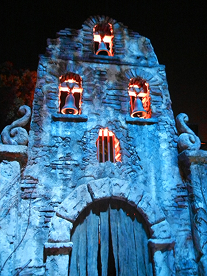 la llorona maze facade at universal hollywoods halloween horror nights 2011