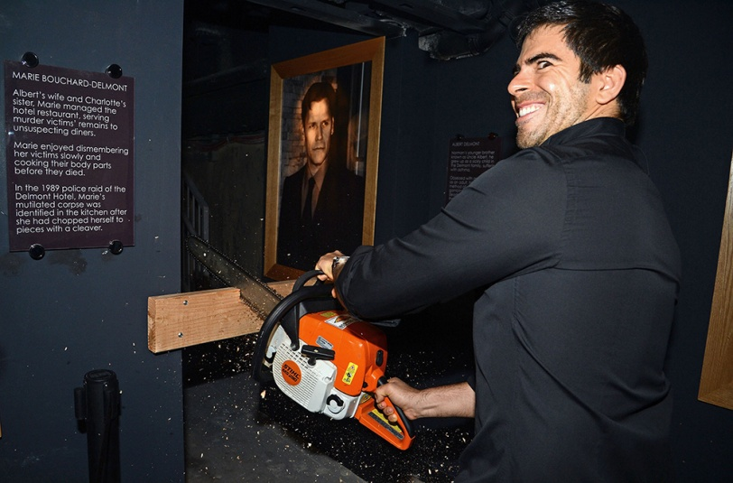 Horror King Eli Roth chainsaws open GORETORIUM, Las Vegas' first year-round haunt.  (PRNewsFoto/Eli Roth's GORETORIUM)